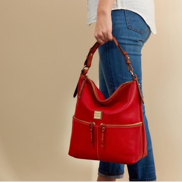 Dooney   Bourke Handbags - 🤩Dooney and Bourke Pebble Grain Zipper Pocket  Sac dc5008e16850c